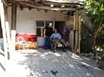 Engelli Vatandaşlara Klozet Destekli Tekerlekli Sandalye Desteği