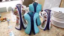 İran'da Öğrendiği Seramik Sanatını Meslek Edindi