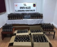 Isparta'da Piyasa Sürülmek İstenen 339 Şişe Kaçak İçki Ele Geçirildi