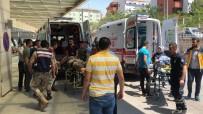 Siirt'te Askeri Zırhlı Aracın Geçişi Sırasında Patlama Açıklaması 2 Asker Yaralı