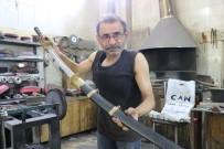 Sivaslı Usta Samuray Kılıcı İle Japon Ustalara Rakip Oldu