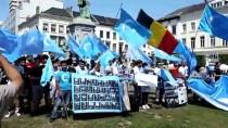 DOĞU TÜRKISTAN - Uygur Türkleri Brüksel'de Çin'i Protesto Etti