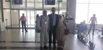 HAC İBADETİ - Hac İbadeti İçin Kutsal Topraklara Giden Şehit Ailesini Havalimanından Kaymakam Uğurladı