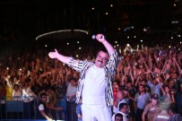 Hatay'ın İskenderun İlçesinde Vatandaşlar Kurtuluş Günü Konserinde Coştular