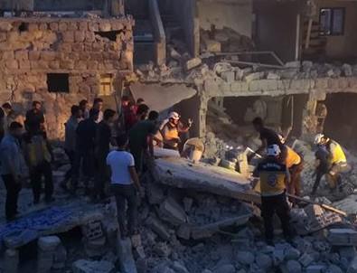 İdlib'e hava saldırıları: 14 ölü