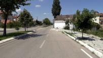 Isparta'da Yol Ortasındaki Ev Yıkılarak Trafik Güvenliği Sorunu Ortadan Kaldırıldı