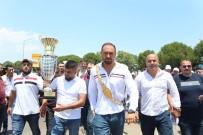 Başpehlivan Gürbüz'e Antalya'da Coşkulu Karşılama