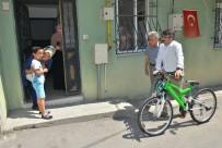 (Özel) Bisikleti Çalınan Küçük Yusuf'un Büyük Mutluluğu
