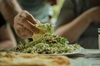 SÜT ÜRÜNLERİ - Özüpek Açıklaması 'Vegan Beslenme Biçimi Sağlıklı Değil'