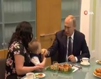 MAXIM - Putin'den Gülümseten Görüntüler