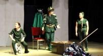 ORHAN AYDIN - Urla'da Tiyatro Günleri Açıklaması Mahallede, Sokakta Tiyatro Var