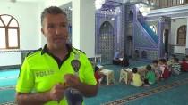BOMBA İMHA ROBOTU - Camilerde Hem Kur'an Hem De Trafik Eğitimi Aldılar