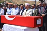 Trafik Kazasında Hayatını Kaybeden Uzman Çavuş Kırıkkale'de Toprağa Verildi