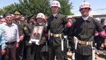 Trafik Kazasında Hayatını Kaybeden Uzman Onbaşı Toprağa Verildi