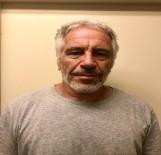 BAŞSAVCı - ABD'li Milyarder Jeffrey Epstein Cezaevinde Kendini Astı