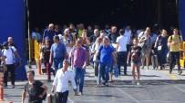 DENIZ OTOBÜSÜ - Bandırma İskelesi'nde Bayram Yoğunluğu