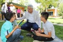 Başkan Güder, 'Dünya Kitap Okumayı Sevenler Günü' Etkinliğinde Gençlerle Buluştu