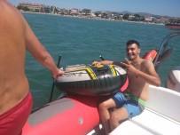 Burhaniye'de Denizde Sürüklenen Vatandaşı İtfaiye Kurtardı