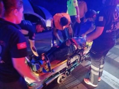 Göçmenleri Taşıyan Araç Su Kanalına Düştü, 10 Yaralı