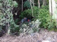 Malatya'da Traktör Dereye Uçtu Açıklaması 1 Ölü