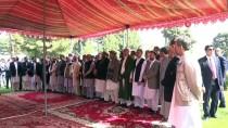 BAYRAM NAMAZI - Afganistan'da Buruk Bayram