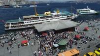 HEYBELIADA - İstanbullular Adalar İskelesi'ne akın etti
