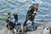 CELAL BAYAR - Küçük Çocuk Arkadaşının Terliğini Almak İsterken Nehrin Sularına Kapıldı