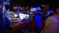 (Özel) Pendik'te Duvara Çarpan Sürücü Araç İçerisinde Sıkıştı