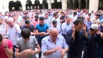 BAYRAM NAMAZI - Azerbaycan'da Bayram Namazı Kılındı