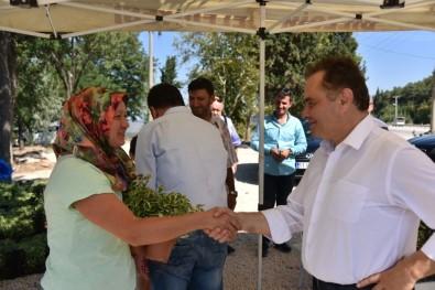 Bilecik Belediye Başkanı Şahin Vatandaşlarla Bayramlaştı