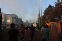 Fabrikaya Sıçrayan Orman Yangını Söndürüldü