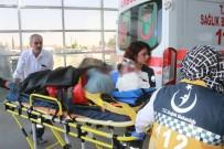 Otomobil Tarlaya Yuvarlandı Açıklaması 2 Ağır Yaralı