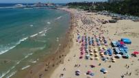 Şile Plajı'ndaki Bayram Yoğunluğu Havadan Görüntülendi