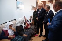 Vali Epcim Ve Başkan Pekmezci, Huzurevi Sakinleriyle Bayramlaştı