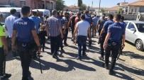Aksaray'da Kaza Sonrası İki Grup Arasında Kavga Açıklaması 1'İ Polis 9 Yaralı