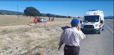 Emet'te Trafik Kazası Açıklaması 4 Yaralı