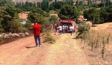 Hisarcık'taki Arazi Yangını Yerleşim Alanına Sıçramadan Söndürüldü