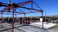 AVUSTRALYA - Kendi İmkanlarıyla Köyüne Mesire Alanı Yaptırıyor