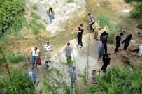 MUNZUR - Tatilciler Serinlemek İçin Şelalelere Akın Etti
