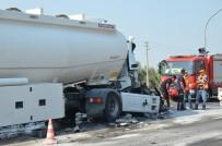 Akaryakıt Tankeri Tıra Çarptı, Faciaya Ramak Kaldı