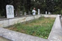 (Özel) Göçük Altında Kaybettiği Ailesinden 11 Kişinin Acısını 20 Yıldır Yaşıyor