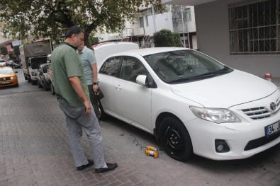 İşe Gitmek İçin Araçların Başına Gelen Vatandaşlara Şok