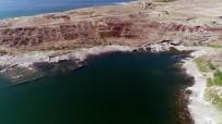 OSMAN USLU - (Özel) Sular Çekilince Köy Ortaya Çıktı
