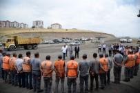 BAYRAMLAŞMA - Başkan Çetin, Belediye Personeliyle Bayramlaştı