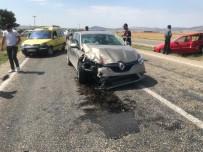 Otomobiller Çarpıştı Açıklaması 6 Yaralı