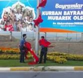 (ÖZEL) Polisler Türk Bayrağını Yerde Bırakmadı