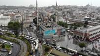Şiddetli Yağış Sonrası Eminönü'ndeki Son Durum Havadan Görüntülendi