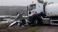 Yalova'da Kontrolden Çıkan Vidanjör 3 Araca Çarptı Açıklaması 5 Yaralı