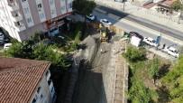 Göktürk Sokak'ta Çöken Yolda Çalışmalar Sürüyor