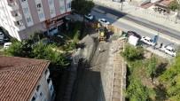 Göktürk Sokak'ta Sağanak Nedeniyle Çöken Yol Çalışmaları Sürüyor